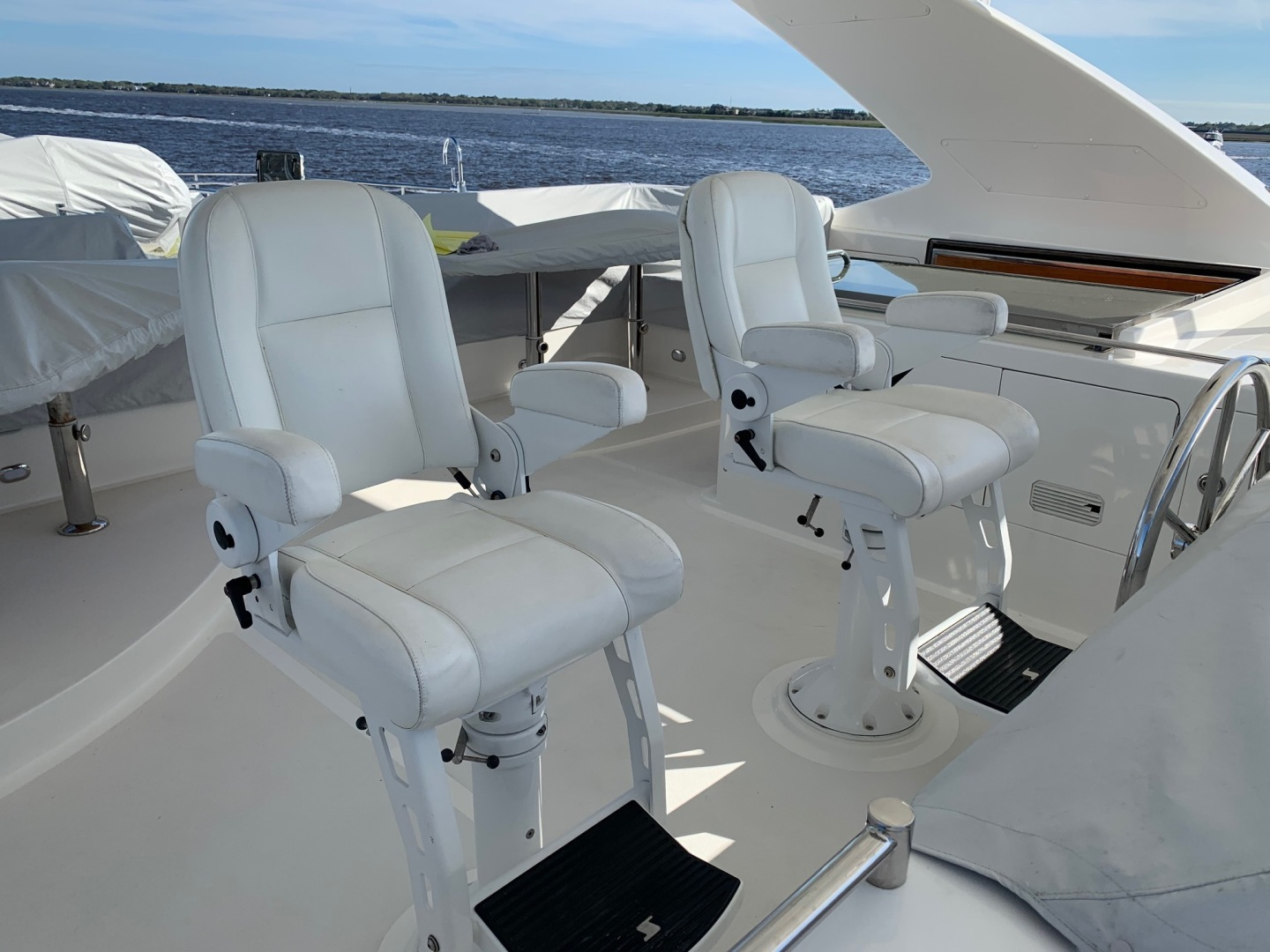 Ocean Alexander-Open Flybridge 2009-LADY GIGI Charleston-South Carolina-United States-Flybridge Helm and Companion Seats-1385917 | Thumbnail