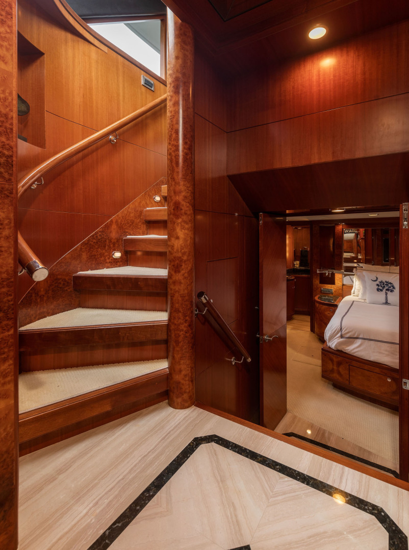 Ocean Alexander-Open Flybridge 2009-LADY GIGI Charleston-South Carolina-United States-Stairwell from Pilothouse to Owner / Guest Staterooms-1385948 | Thumbnail