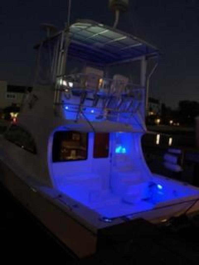 Luhrs-36 Convertible 2004-Justified Dunedin-Florida-United States-2004 Luhrs 36 Convertible  Night Lights Profile-1355099 | Thumbnail