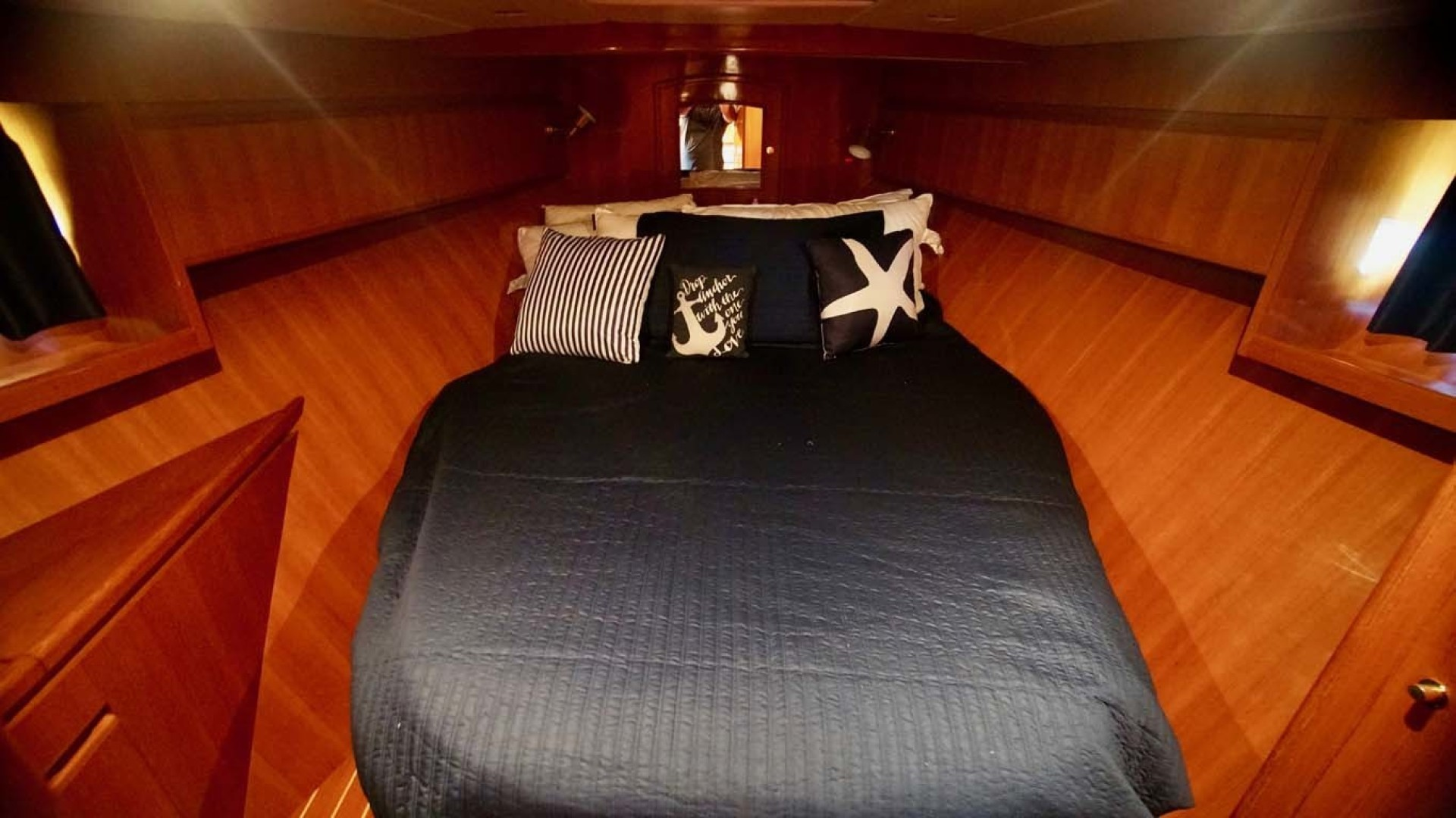 Novatec-48 Fast Trawler 2003-SINE DIE II Destin-Florida-United States-Guest Stateroom-1360624 | Thumbnail