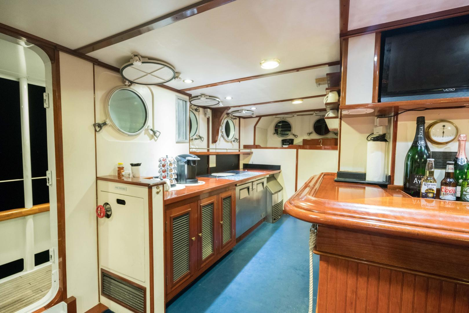 Palmer Johnson-Tri-Masted Staysail 1983-Arabella  Newport-Rhode Island-United States-1355661 | Thumbnail