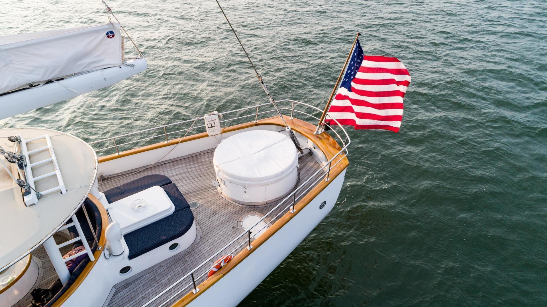 Palmer Johnson-Tri-Masted Staysail 1983-Arabella  Newport-Rhode Island-United States-1355658 | Thumbnail