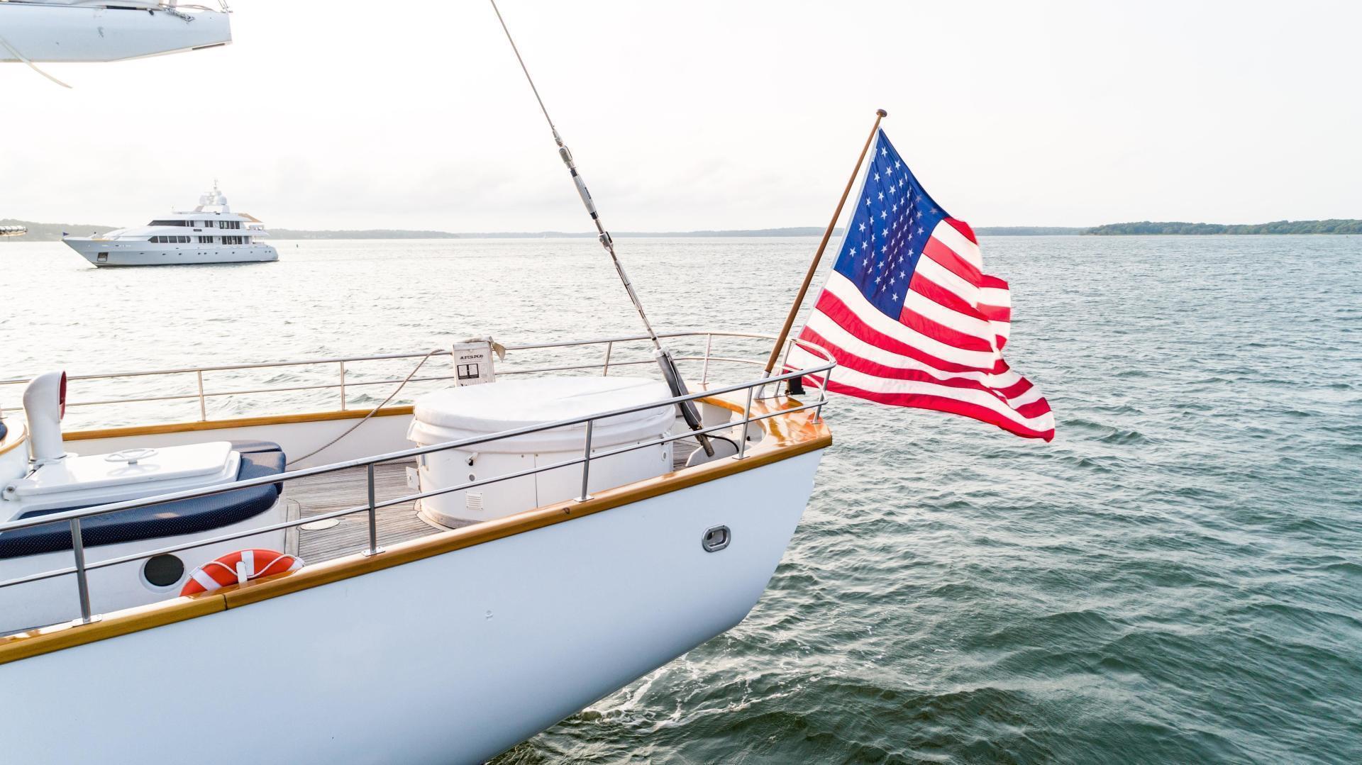 Palmer Johnson-Tri-Masted Staysail 1983-Arabella  Newport-Rhode Island-United States-1355659 | Thumbnail