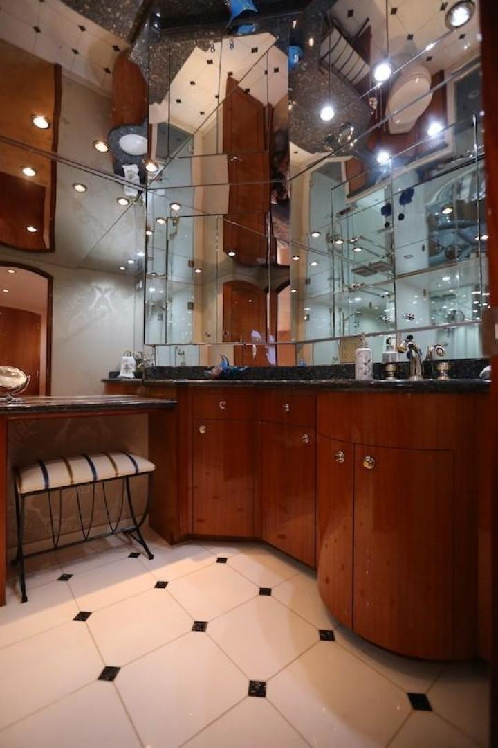 Hatteras-Sky Lounge Motor Yacht 2005-SECOND GENERATION Georgetown-Maryland-United States-1356095 | Thumbnail