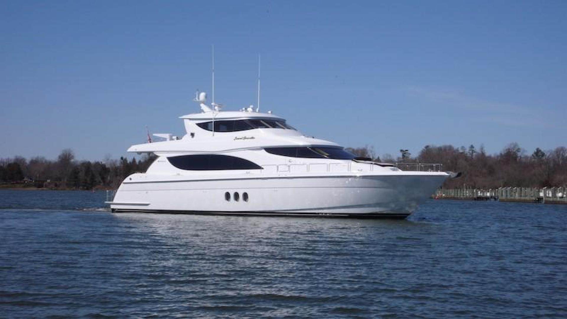 Picture Of: 80' Hatteras Sky Lounge Motor Yacht 2005 Yacht For Sale | 1 of 69