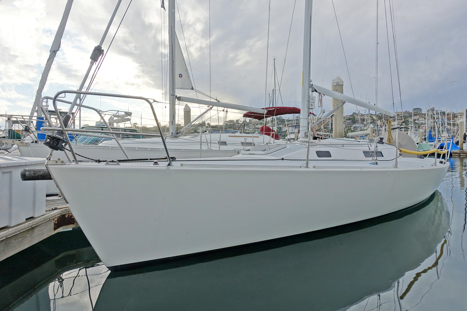 Picture Of: 34' J Boats 105 1996 Yacht For Sale | 1 of 1