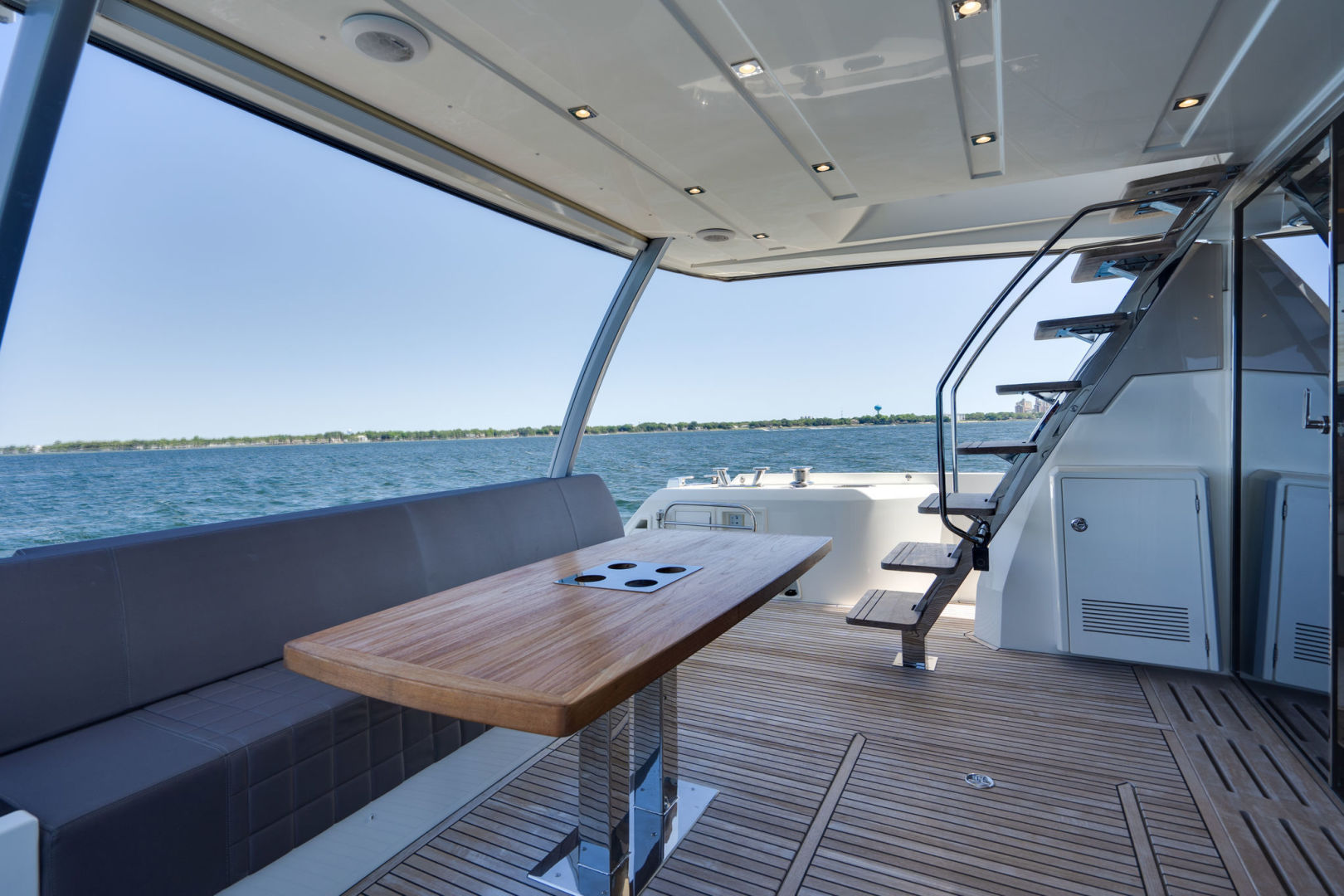 Picture Of: 68' Prestige 680 Flybridge 2018 Yacht For Sale   2 of 86