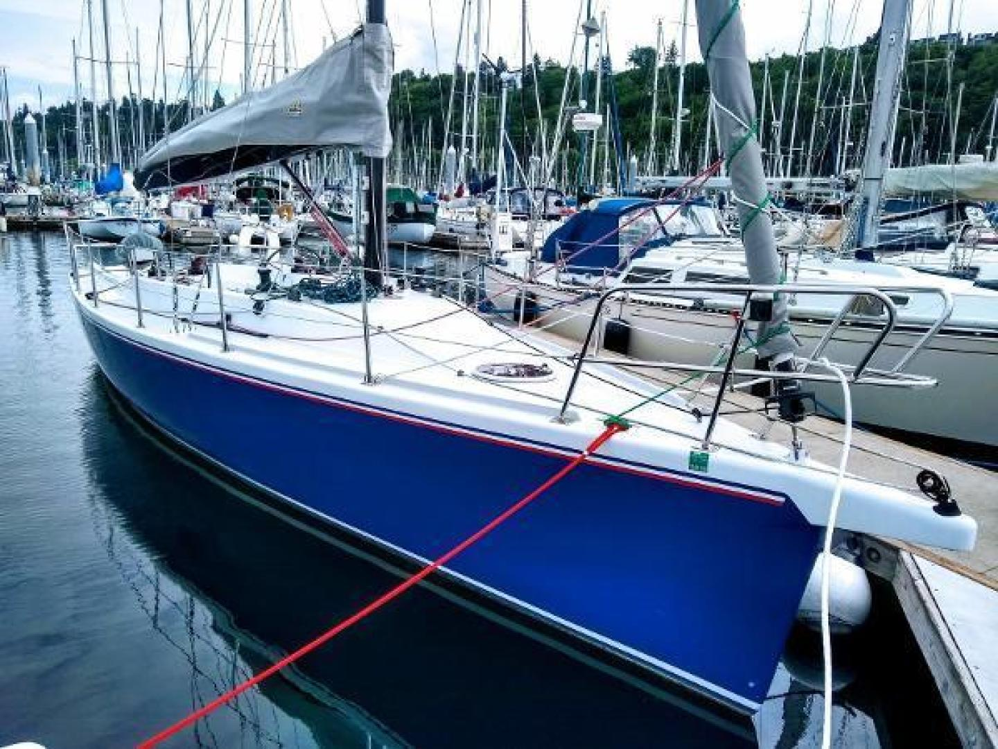 Picture Of: 36' Perry Custom Boomer Day Sailor 2007 Yacht For Sale | 1 of 10