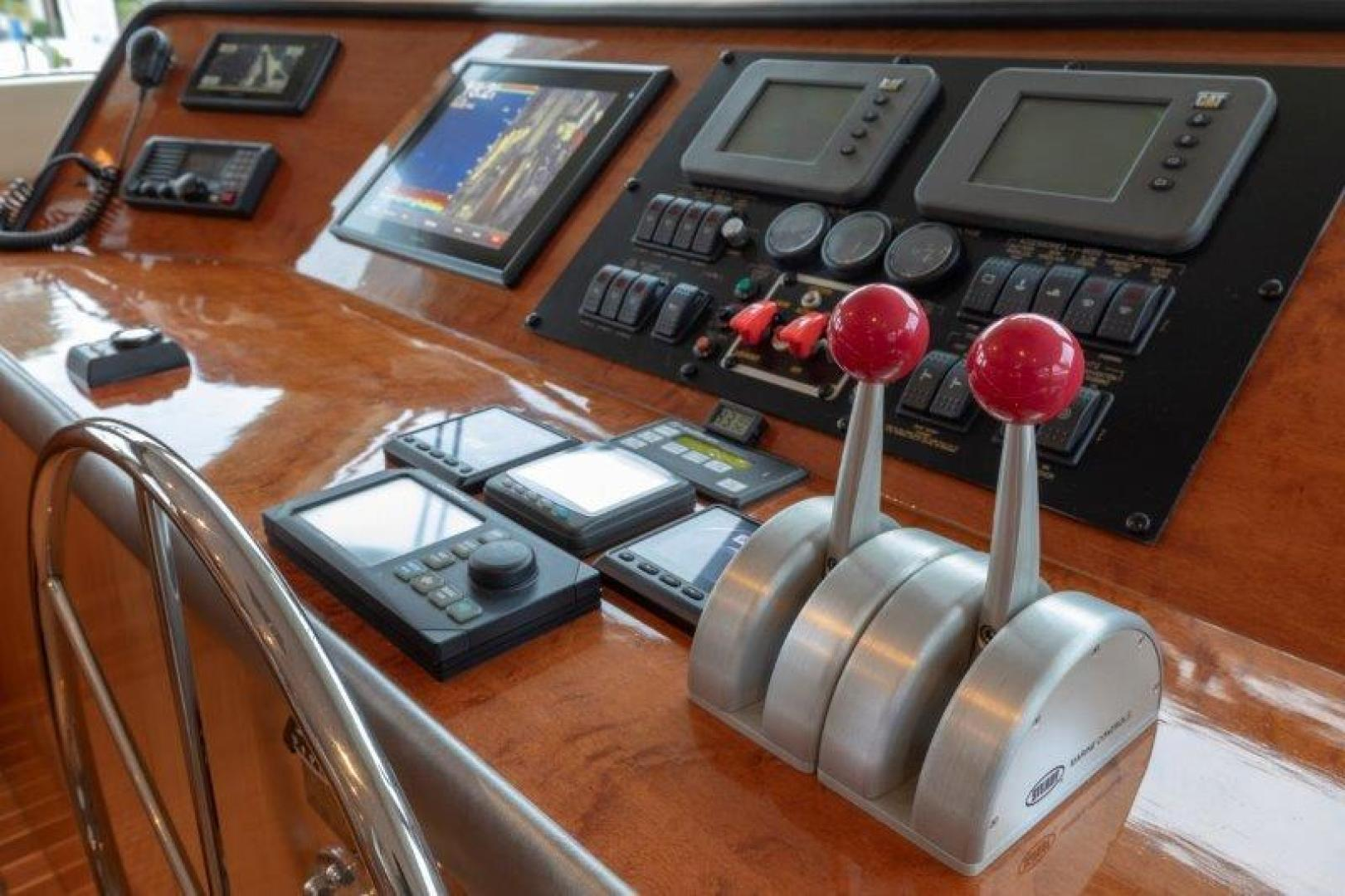 Hatteras-Cockpit Motoryacht 2003-VICTORY LANE Miami-Florida-United States-Pilothouse-1506995 | Thumbnail