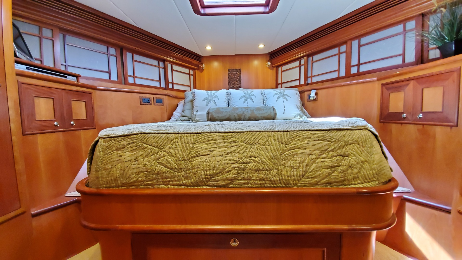 Outer Reef Yachts-730 MY 2005-LIONS SHARE Annapolis-Maryland-United States-1360038 | Thumbnail