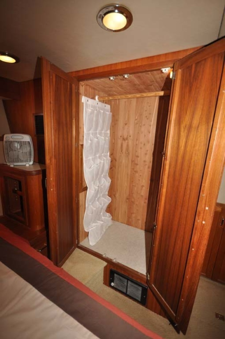 American Tug-41 Trawler 2005-UNFORGETTABLE Port St. Lucie-Florida-United States-Cedar Closet-1361172 | Thumbnail
