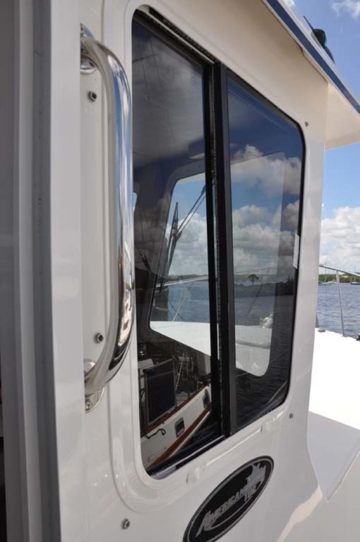 American Tug-41 Trawler 2005-UNFORGETTABLE Port St. Lucie-Florida-United States-Starboard Pilothouse-1361195 | Thumbnail