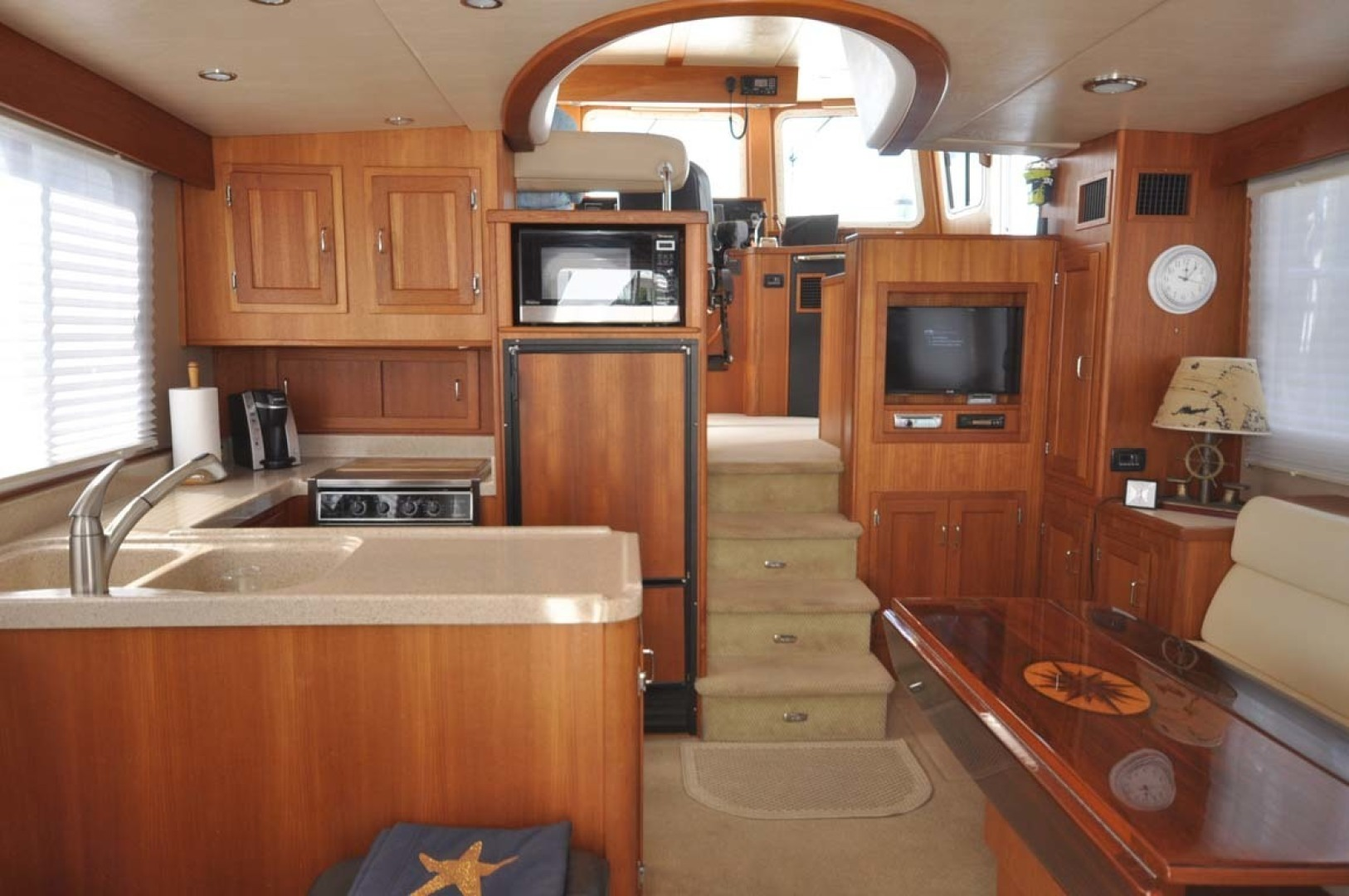 American Tug-41 Trawler 2005-UNFORGETTABLE Port St. Lucie-Florida-United States-Salon And Galley-1361143 | Thumbnail