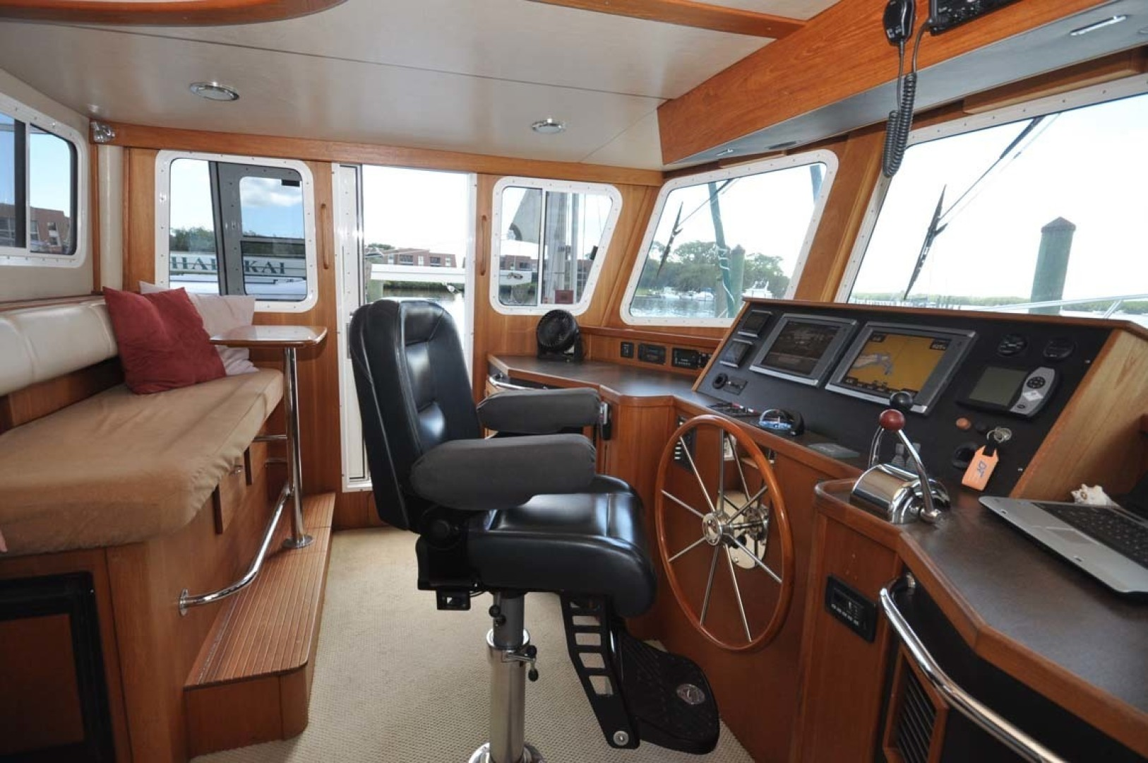 American Tug-41 Trawler 2005-UNFORGETTABLE Port St. Lucie-Florida-United States-Helm Seating-1361155 | Thumbnail