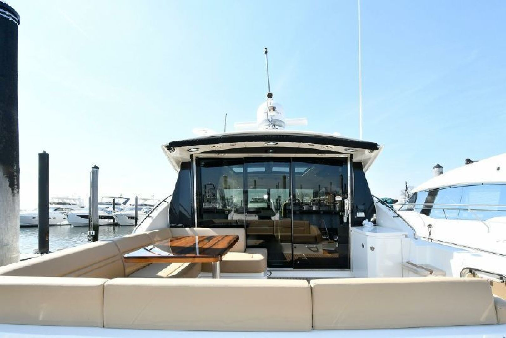 Picture Of: 51' Sea Ray 510 DA 2015 Yacht For Sale   2 of 43