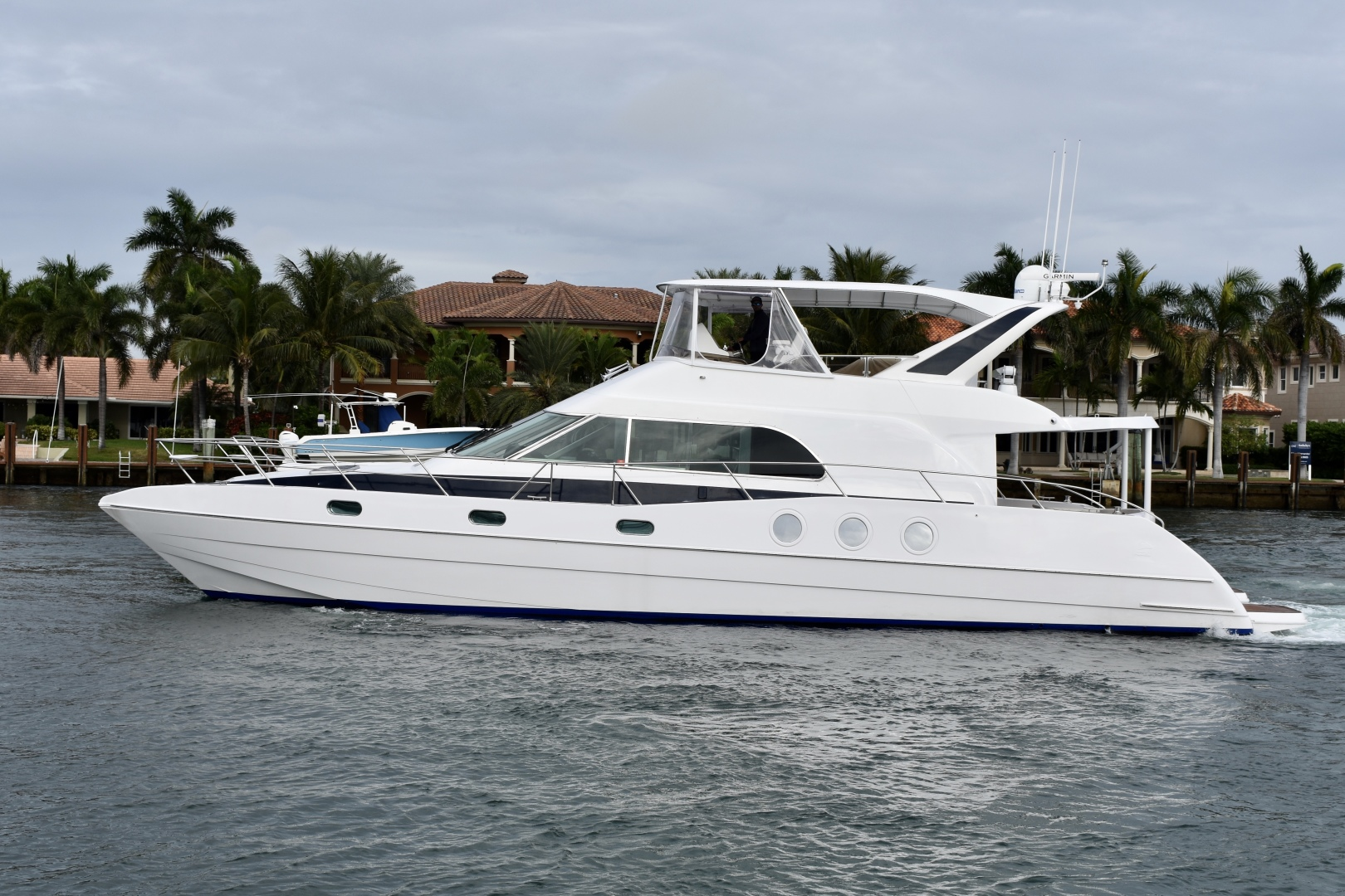 Picture Of: 64' Prout International Panther 64 1997 Yacht For Sale | 2 of 69