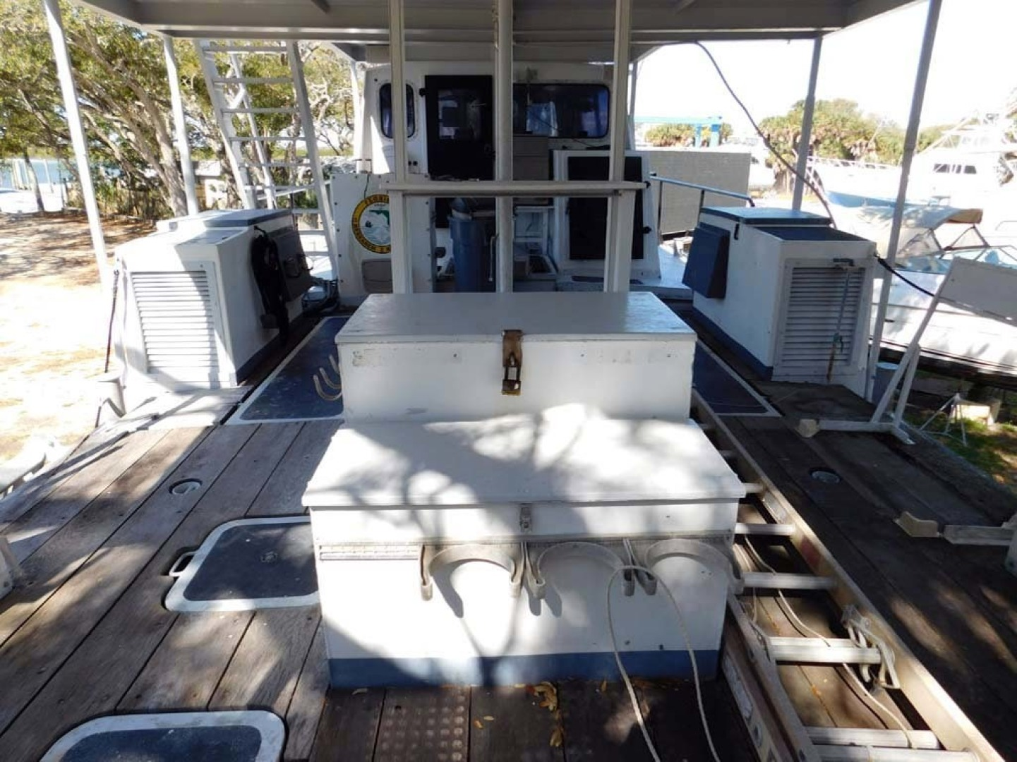 Derecktor-Custom Research Recovery 1976-Damit Janet V Ponce Inlet-Florida-United States-Deck From Transom-1361865 | Thumbnail