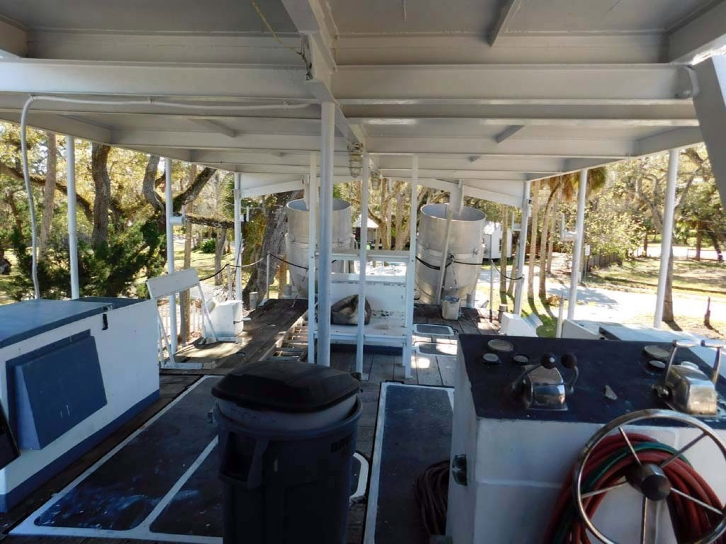 Derecktor-Custom Research Recovery 1976-Damit Janet V Ponce Inlet-Florida-United States-Aft Deck-1361860 | Thumbnail