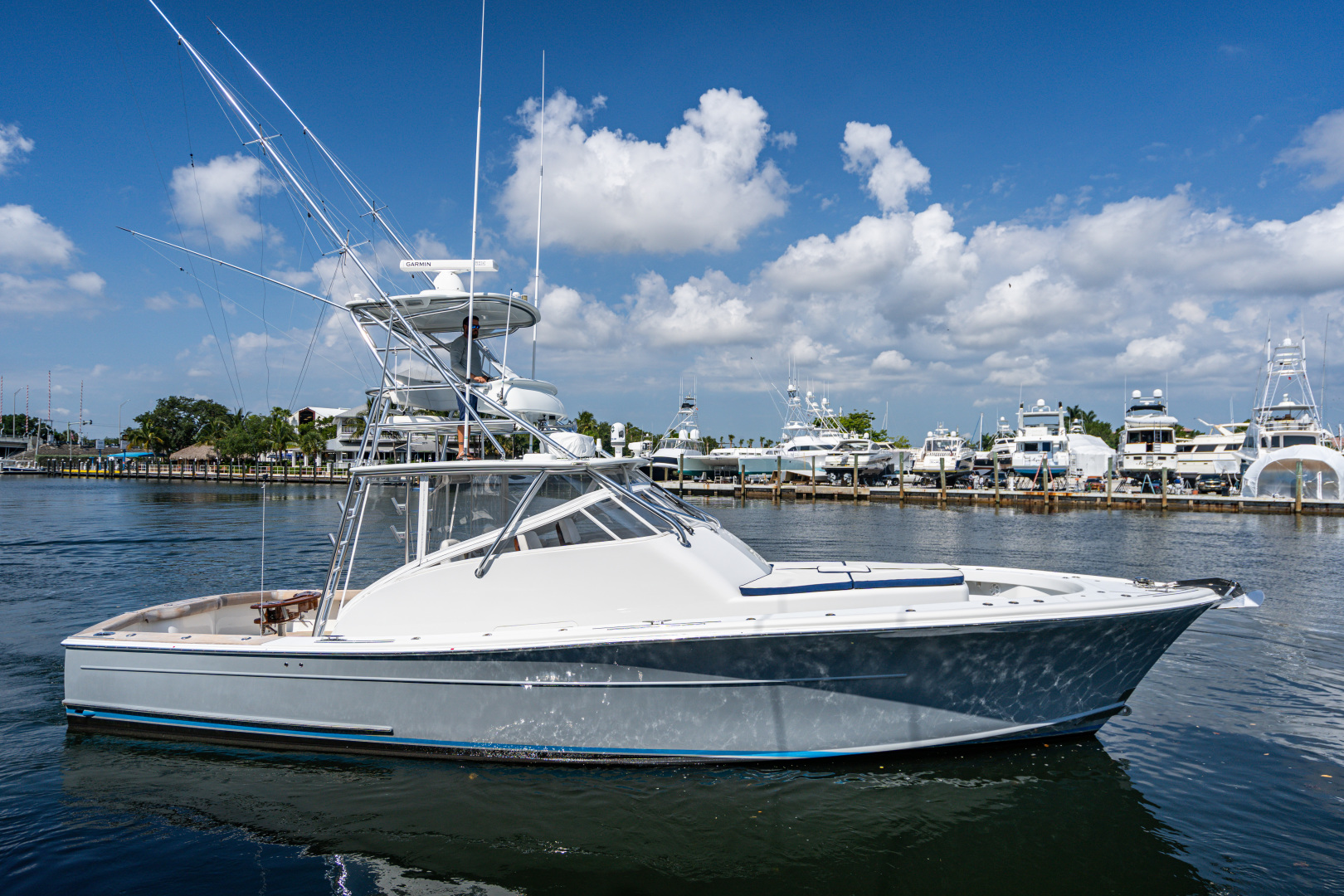 Picture Of: 43' Release Walkaround 2014 Yacht For Sale | 1 of 29
