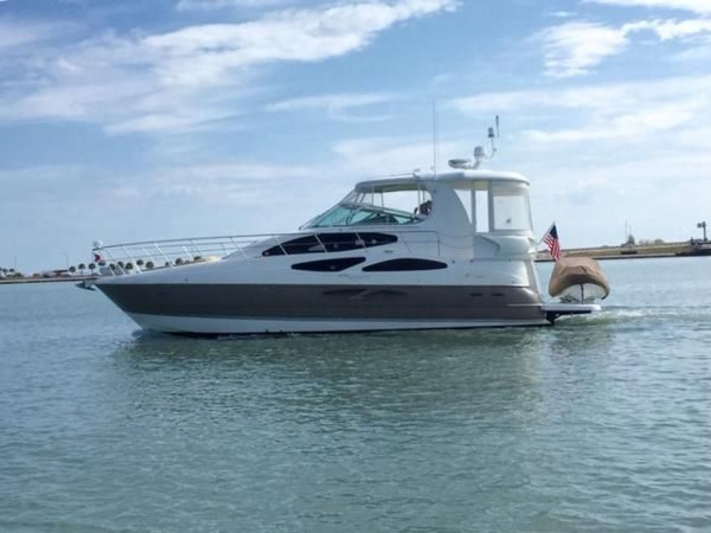 Picture Of: 48' Cruisers Yachts 2006 Yacht For Sale | 1 of 1
