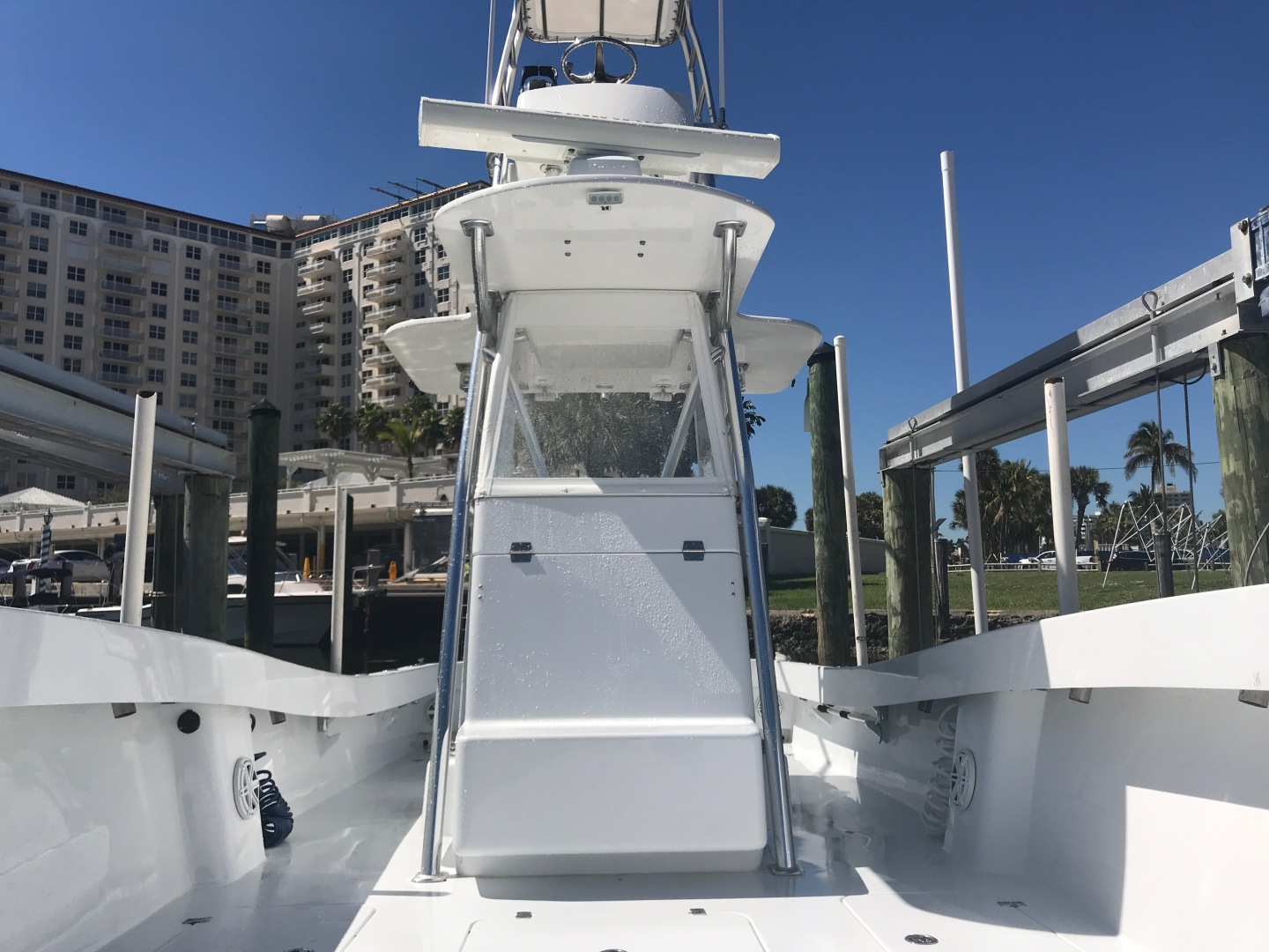 Conch-33 Center Console 2017-33 Center Console FT. LAUDERDALE-United States-1366688 | Thumbnail