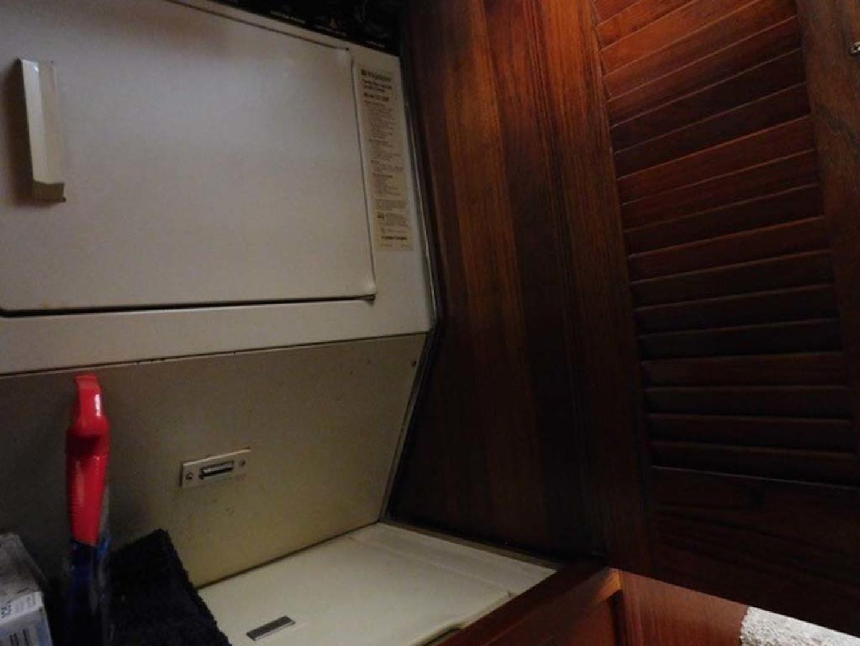 Californian-45 Aft Cabin Motor Yacht 1989-Last Tango Merritt Island-Florida-United States-Washer and Dryer-1367161   Thumbnail