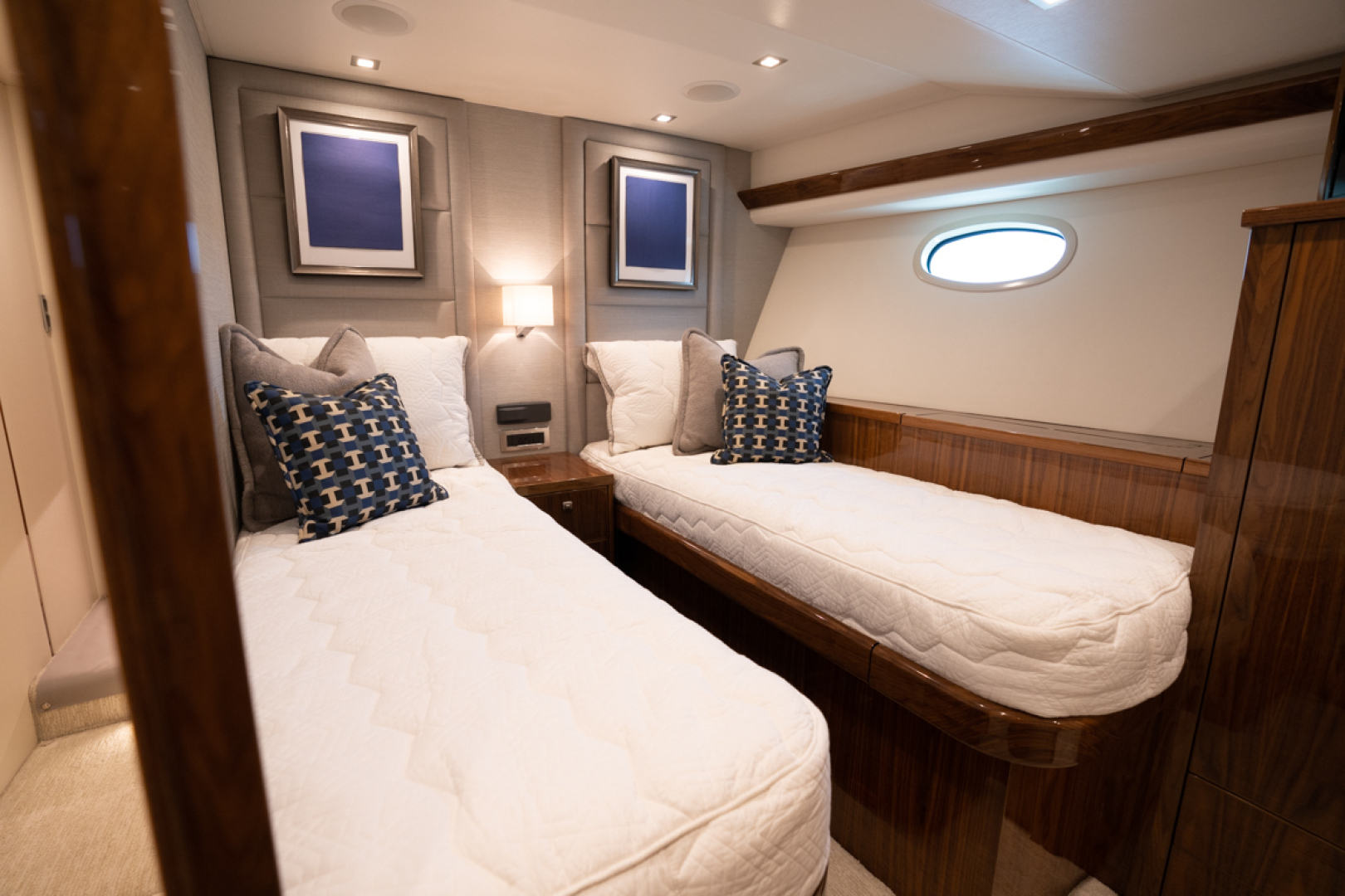 Viking-82 Cockpit MY 2019-Make It Happen Sanibel -Florida-United States-Viking 82CPMY Make It Happen Starboard Stateroom-1378552 | Thumbnail