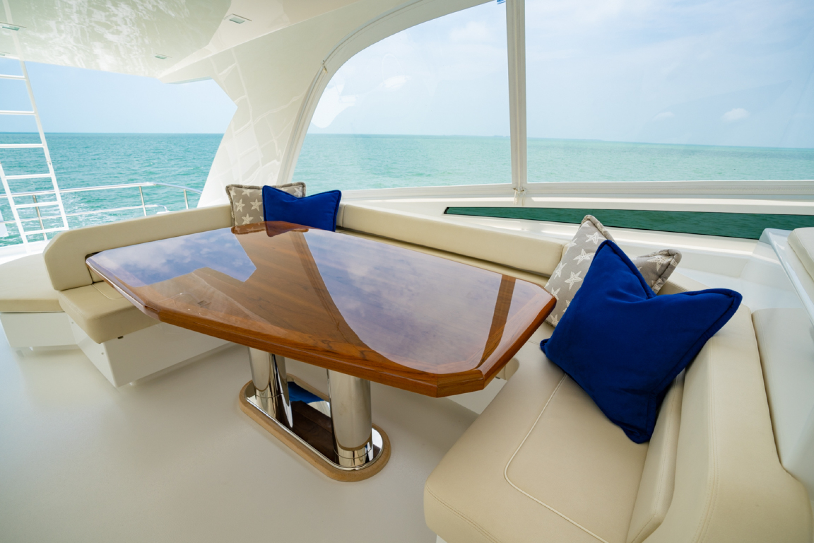 Viking-82 Cockpit MY 2019-Make It Happen Sanibel -Florida-United States-Viking 82CPMY Make It Happen  Dinette-1378565 | Thumbnail