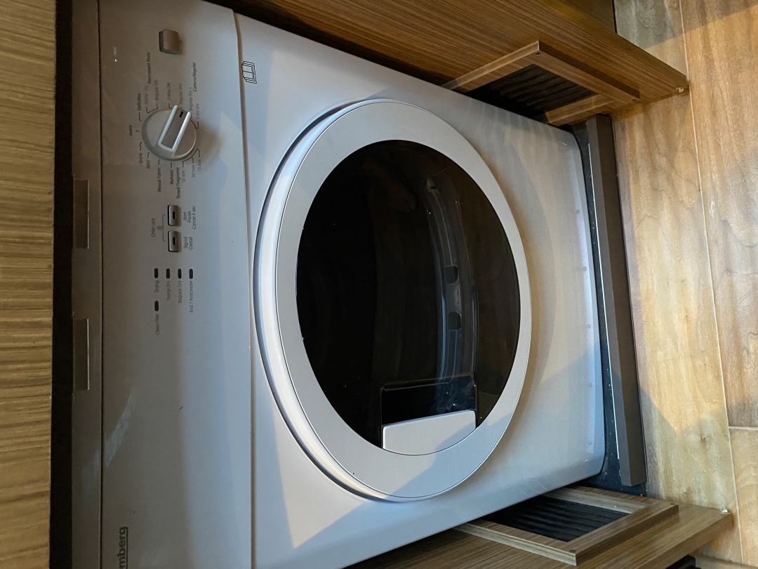 Sea Ray-L650 Express 2016-Cozy Fort Lauderdale-Florida-United States-2016 Sea Ray L650 Washer & Dryer (1)-1419179 | Thumbnail