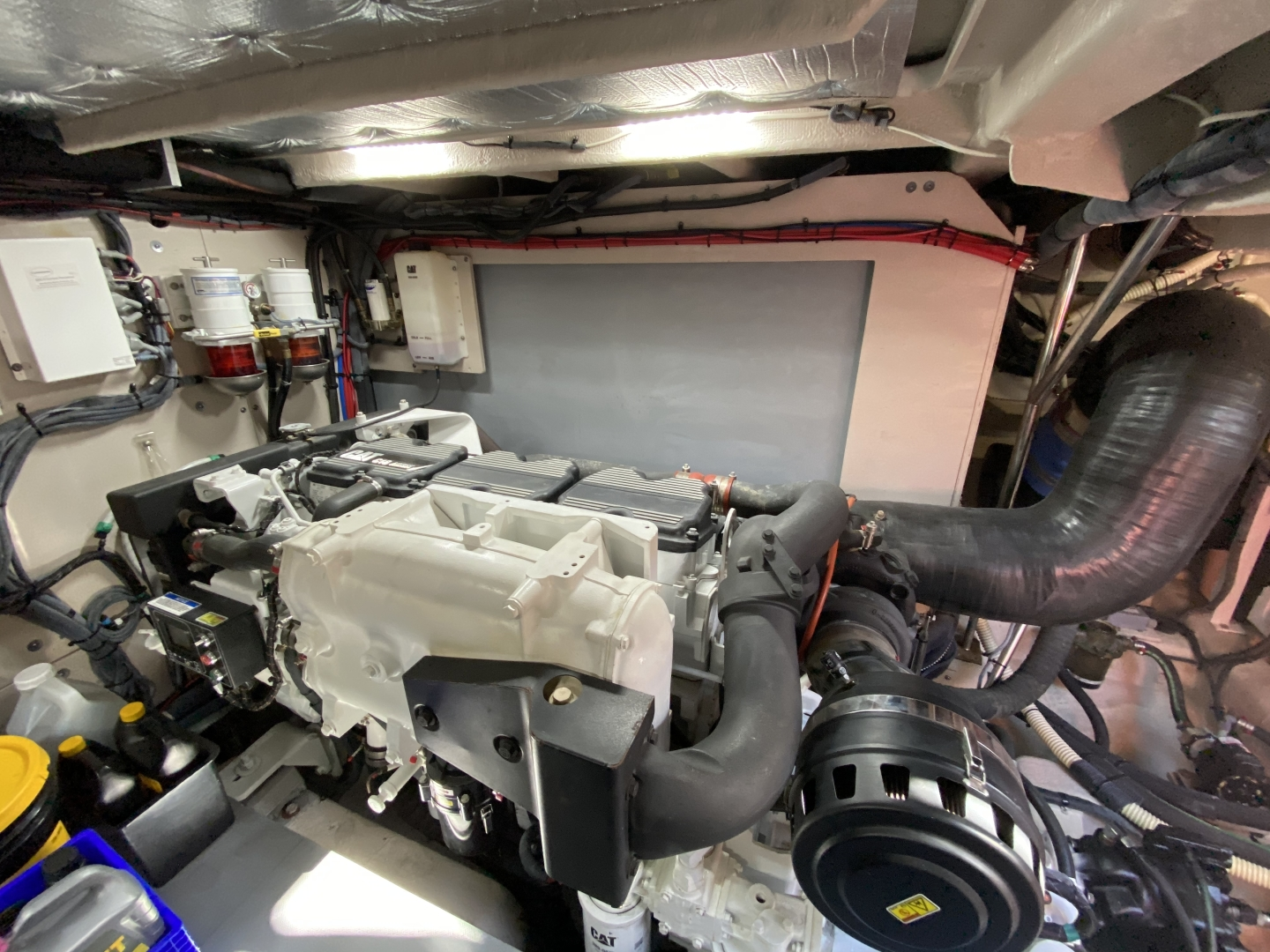 Sea Ray-L650 Express 2016-Cozy Fort Lauderdale-Florida-United States-2016 Sea Ray L650 Engine Room-1367681 | Thumbnail