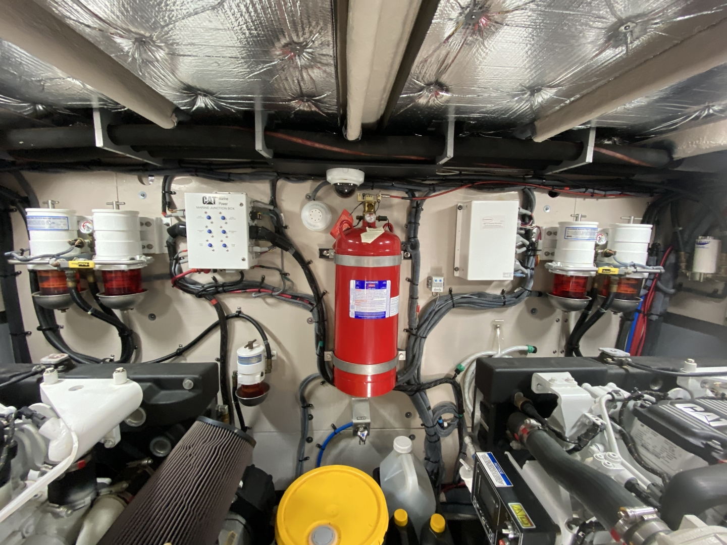 Sea Ray-L650 Express 2016-Cozy Fort Lauderdale-Florida-United States-2016 Sea Ray L650 Engine Room-1367682 | Thumbnail