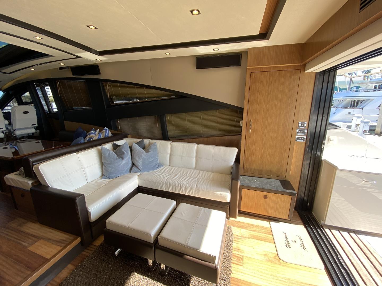 Sea Ray-L650 Express 2016-Cozy Fort Lauderdale-Florida-United States-2016 Sea Ray L650 Salon-1367646 | Thumbnail