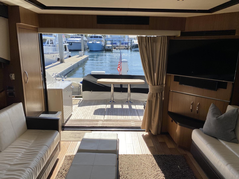 Sea Ray-L650 Express 2016-Cozy Fort Lauderdale-Florida-United States-2016 Sea Ray L650 Salon-1367647 | Thumbnail