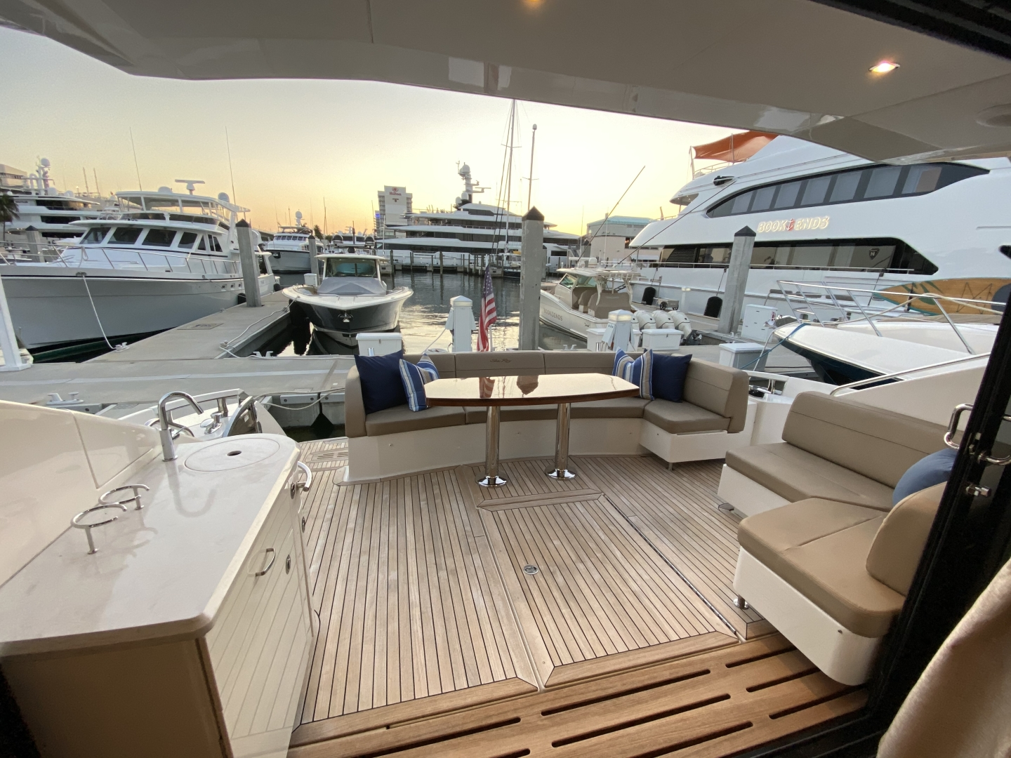 Sea Ray-L650 Express 2016-Cozy Fort Lauderdale-Florida-United States-2016 Sea Ray L650 Cozy   Cockpit-1372397 | Thumbnail