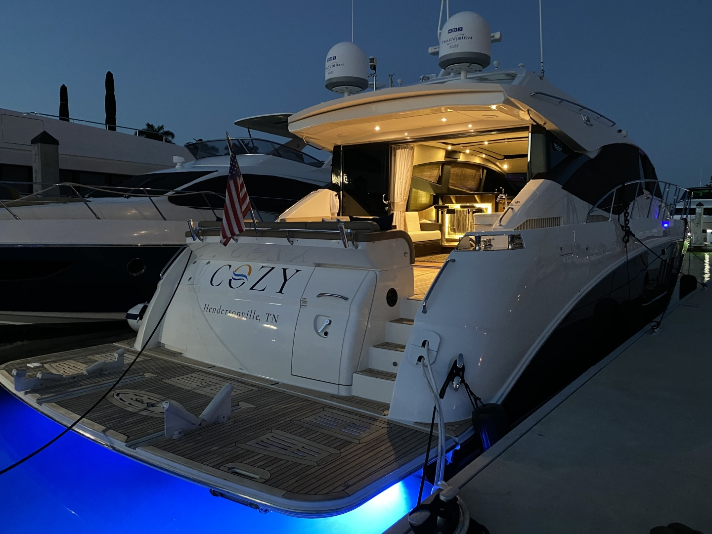 Sea Ray-L650 Express 2016-Cozy Fort Lauderdale-Florida-United States-2016 Sea Ray L650 Cozy   Night View-1372407 | Thumbnail
