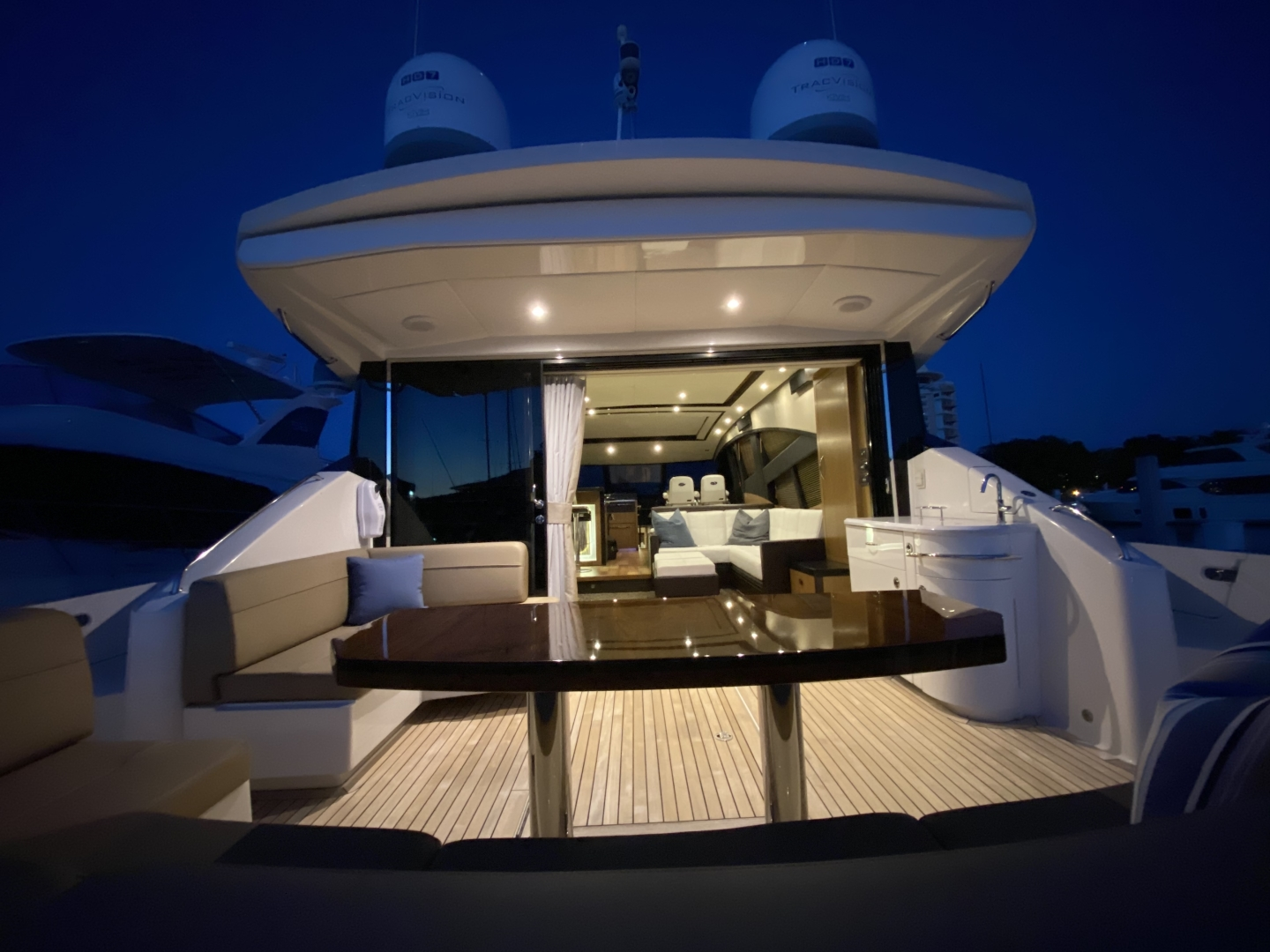 Sea Ray-L650 Express 2016-Cozy Fort Lauderdale-Florida-United States-2016 Sea Ray L650 Cozy   Night View-1372408 | Thumbnail