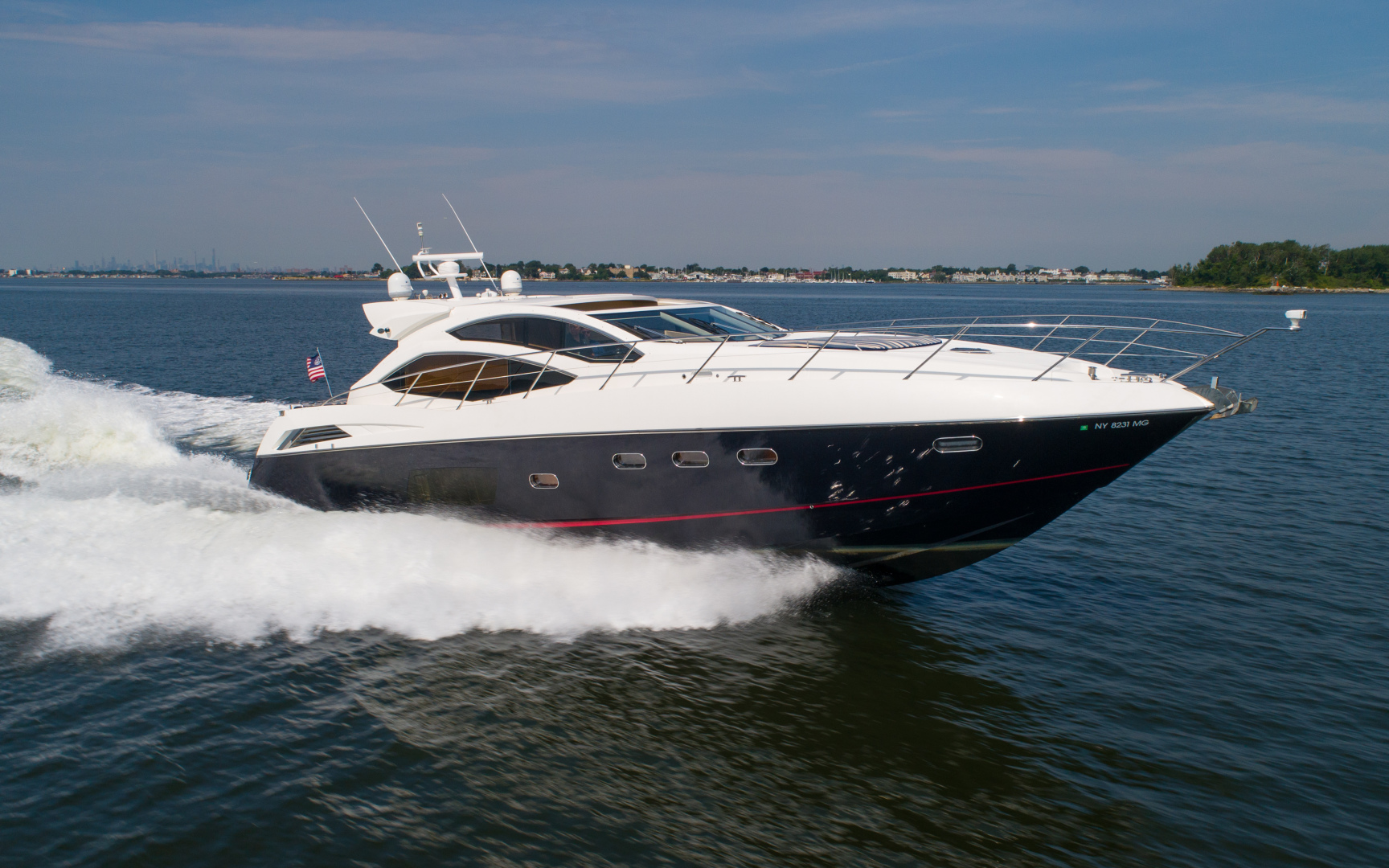 64 Sunseeker Profile Running