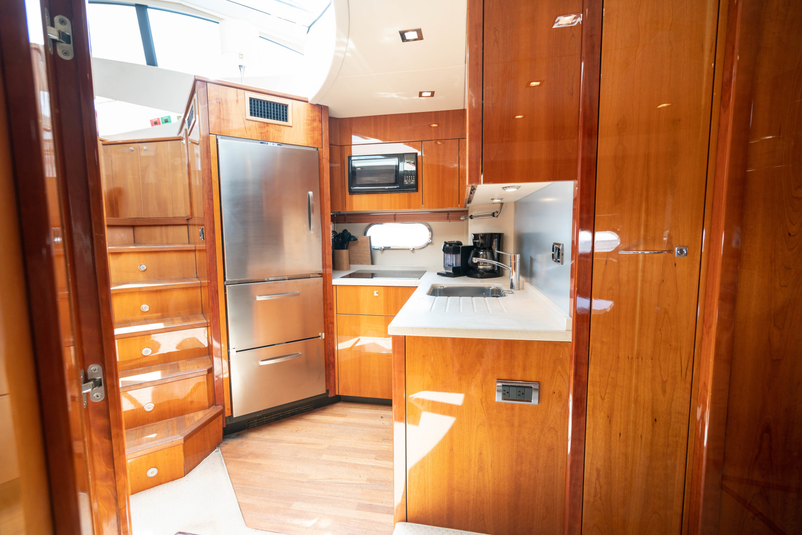 64 Sunseeker Galley