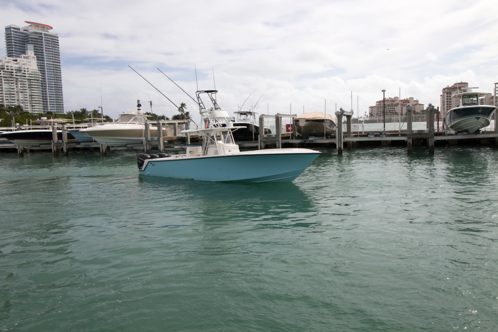 Picture Of: 37' SeaVee 370z 2018 Yacht For Sale   1 of 46