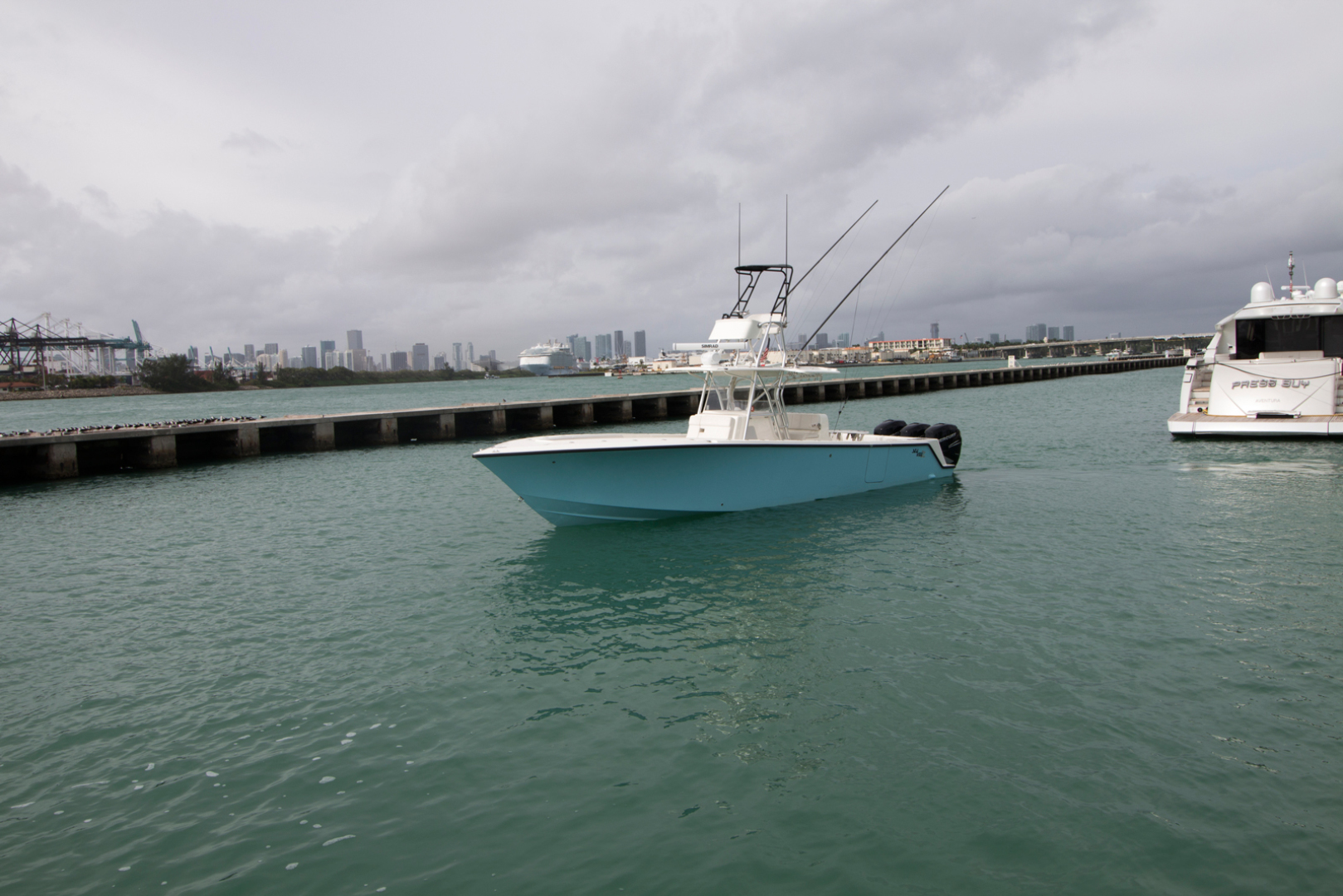 Picture Of: 37' SeaVee 370z 2018 Yacht For Sale   2 of 46