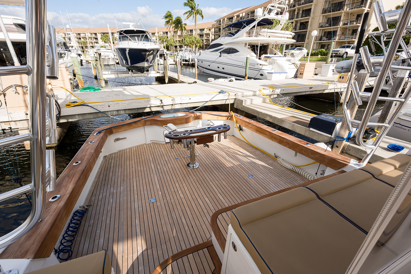 Release-One-of-A-Kind Custom Express 2014-Gladiator Jupiter-Florida-United States-Cockpit-1370104   Thumbnail