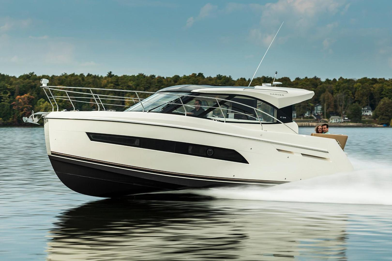 Picture Of: 34' Carver Coupe 2018 Yacht For Sale | 2 of 13
