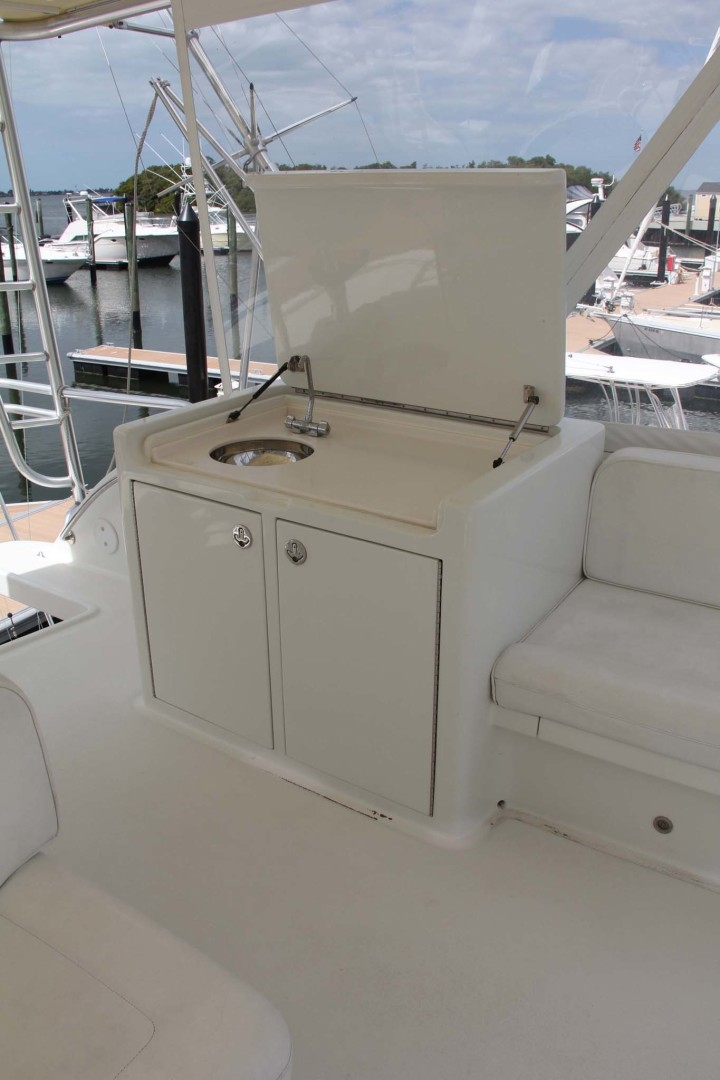 Vicem-Sportfish 2005 -Bradenton-Florida-United States-Wet Bar Port Side On Flybridge-1370853 | Thumbnail