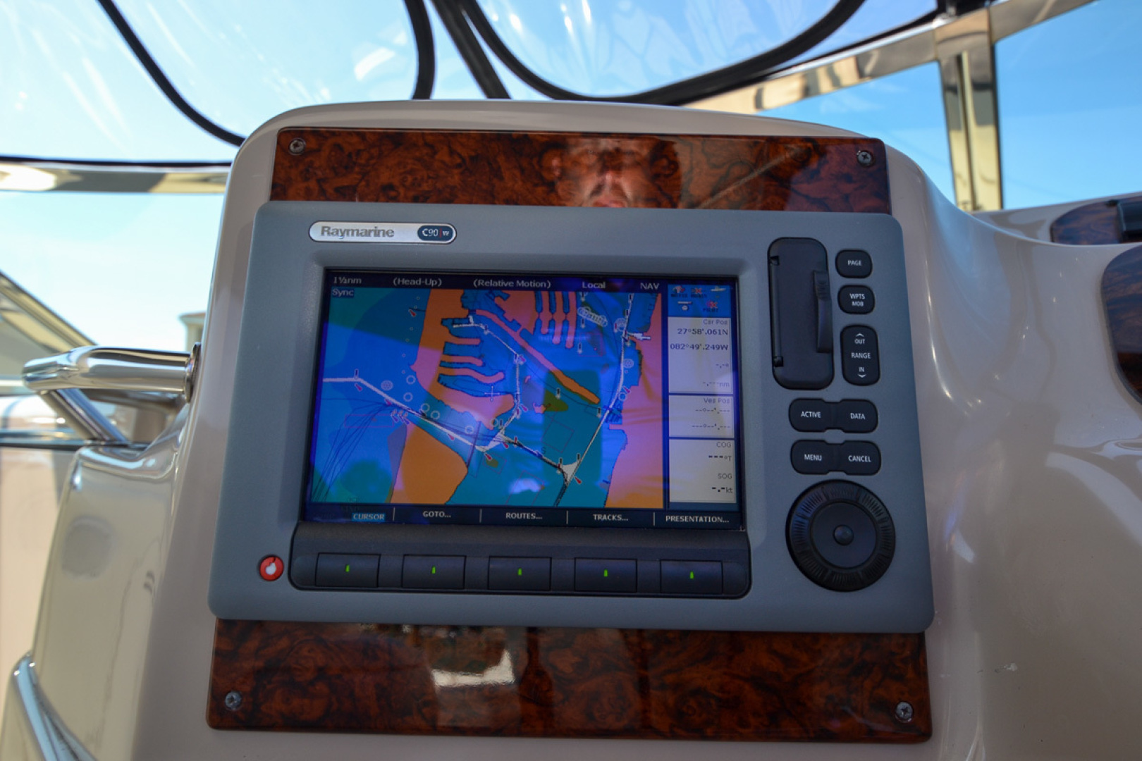 Sea Ray-400 Sundancer 1998-Daze Off Clearwater Beach-Florida-United States-Raymarine E90W-1371566 | Thumbnail