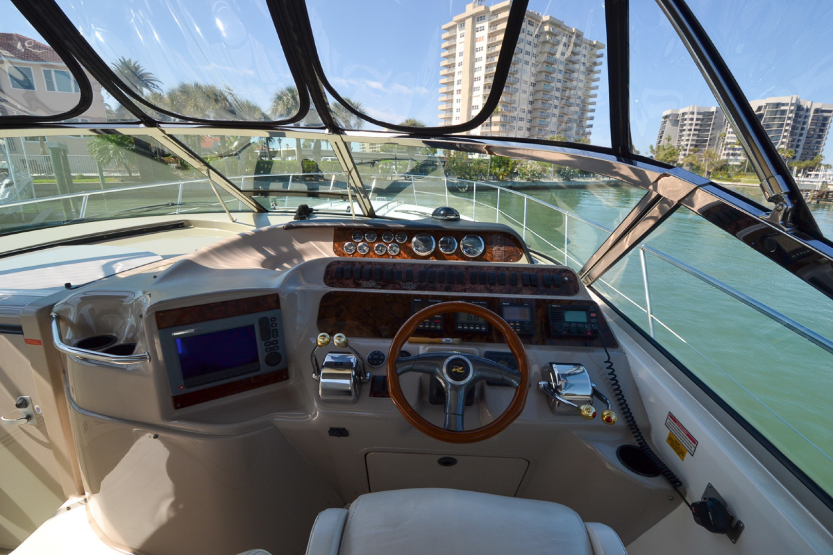 Sea Ray-400 Sundancer 1998-Daze Off Clearwater Beach-Florida-United States-Helm-1371559 | Thumbnail