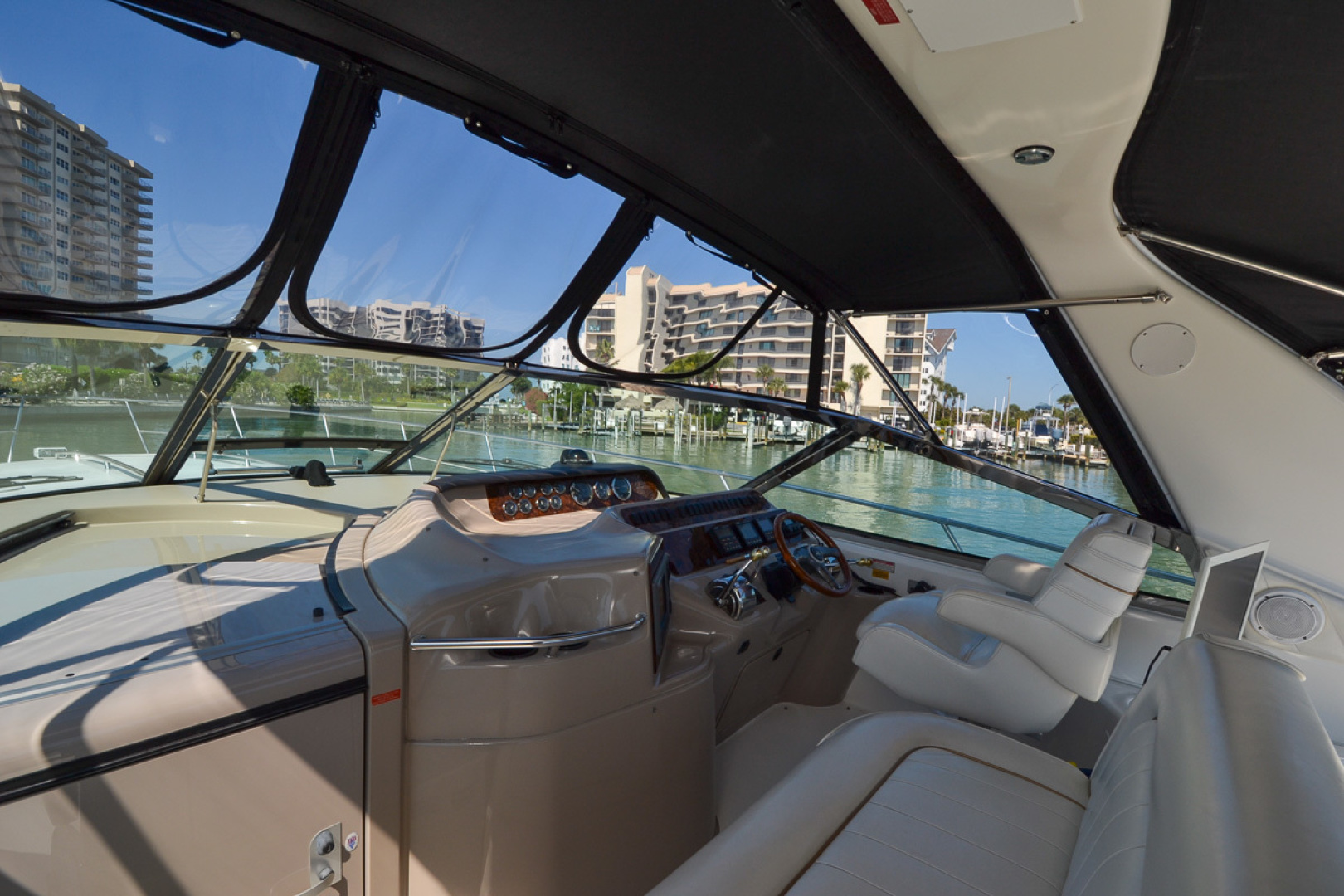 Sea Ray-400 Sundancer 1998-Daze Off Clearwater Beach-Florida-United States-1371556 | Thumbnail