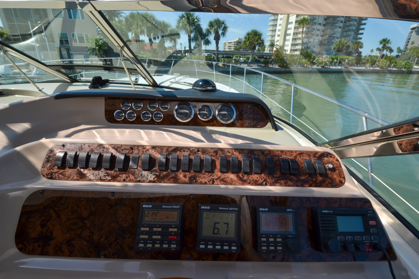 Sea Ray-400 Sundancer 1998-Daze Off Clearwater Beach-Florida-United States-Electronics-1371561 | Thumbnail