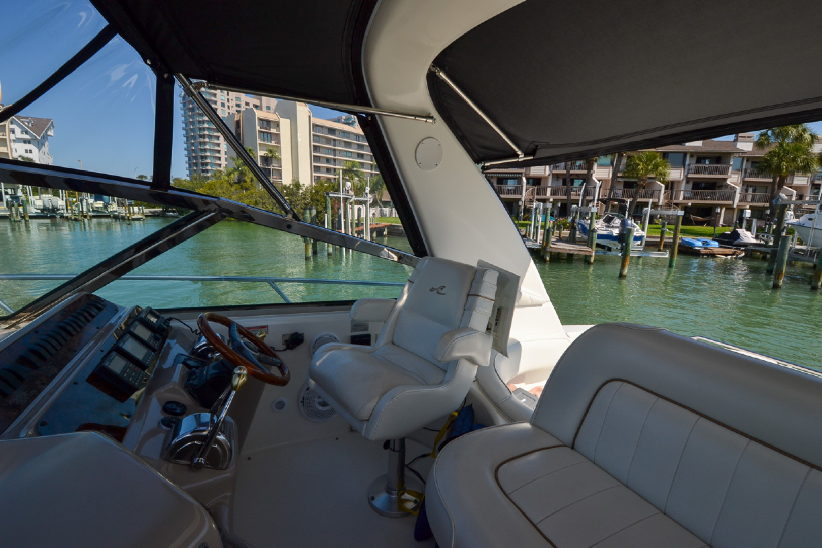 Sea Ray-400 Sundancer 1998-Daze Off Clearwater Beach-Florida-United States-1371568 | Thumbnail
