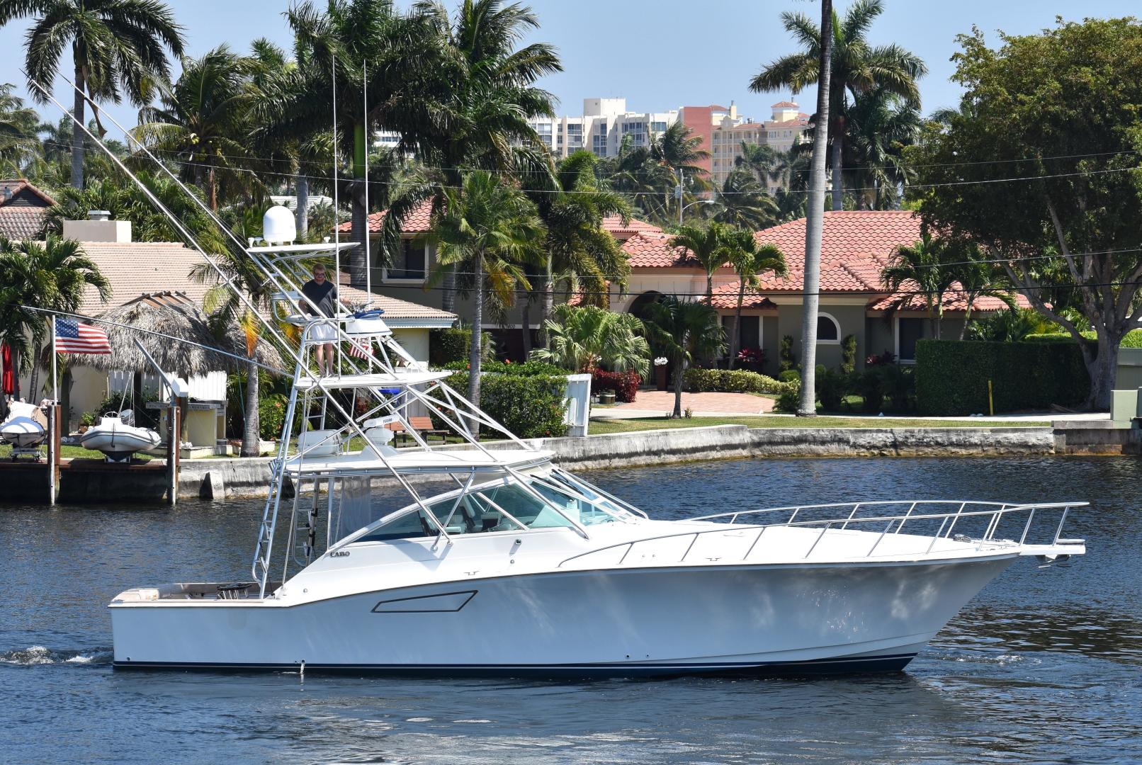 Picture Of: 45' Cabo Express 2000 Yacht For Sale | 1 of 33