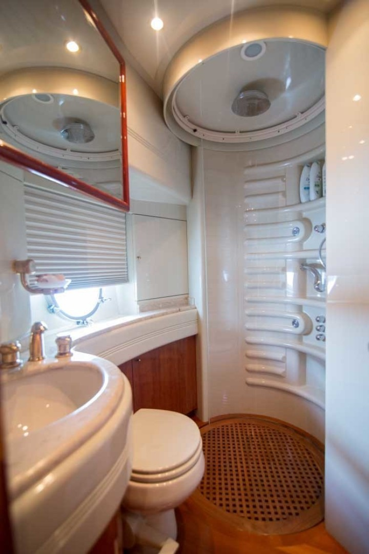 Azimut-Motor Yacht 2001-Enchanted Lady North Palm Beach-Florida-United States-Guest Stateroom Head, Starboard-1372178 | Thumbnail